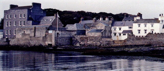 Castletown - Buildings along Bridge Street