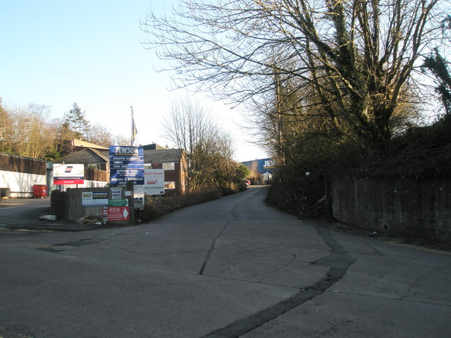 Access road to Jewson behind Haslemere Station