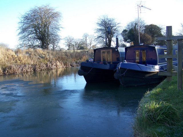 Canal boats, Pewsey Wharf