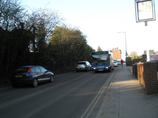 18 bus on the B2131