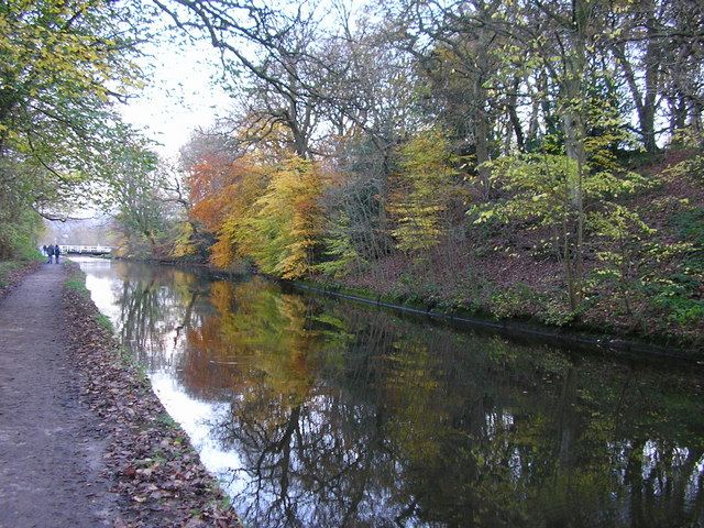 Autumn Reflections on the Leeds & Liverpool Canal