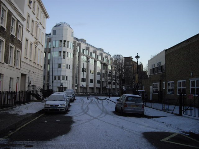 Bessborough Place looking toward Drummond Gate