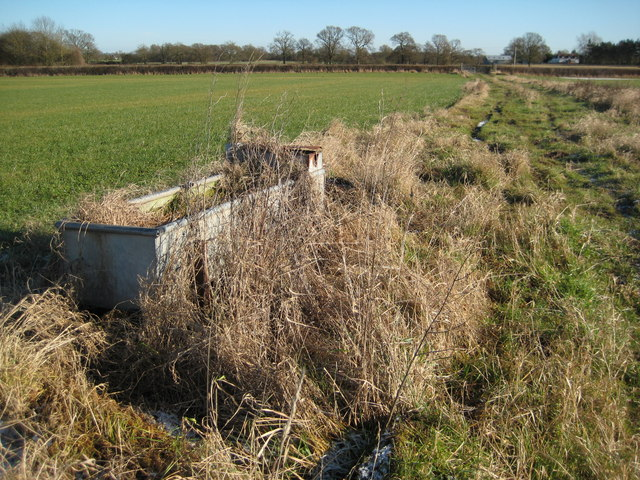 Water tank and footpath, near Martley