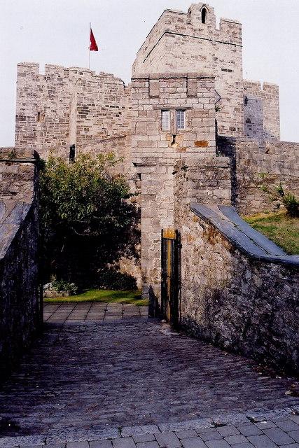 Castletown - Gardens along SW-W-NW castle walls