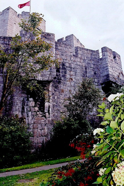 Castletown - Gardens along southwest castle walls