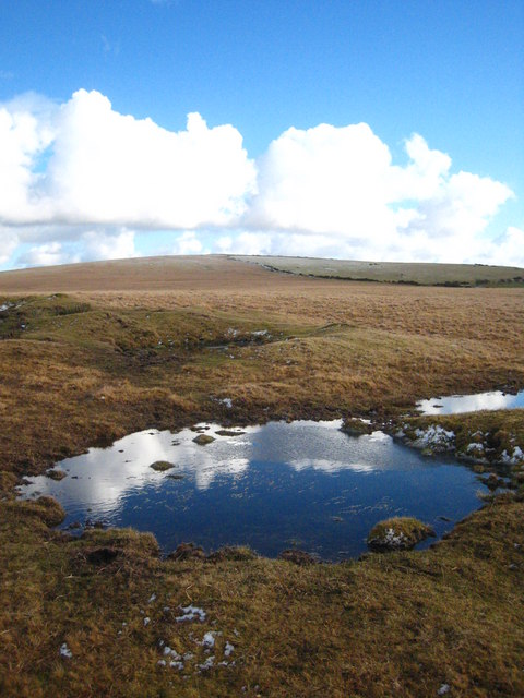 Small pool south of Leskernick Hill