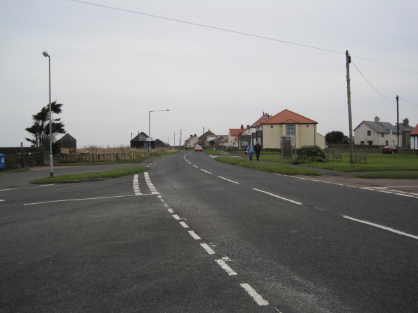 Road to Beadnell Harbour