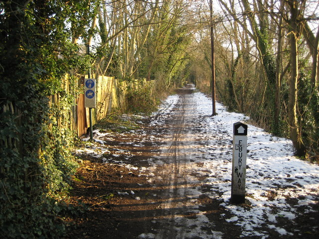 Rickmansworth: Ebury Way