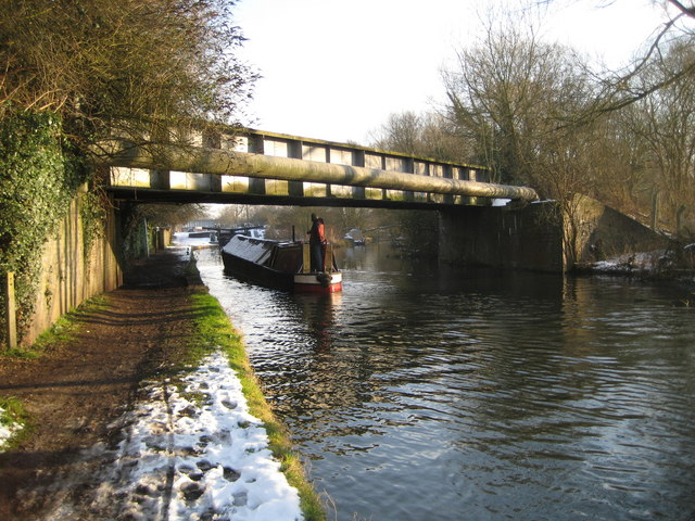 Grand Union Canal below Lot Mead Lock