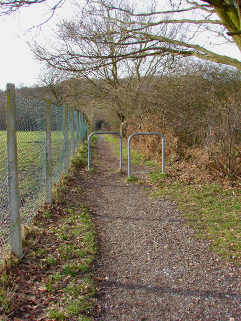 Footpath, Knaphill