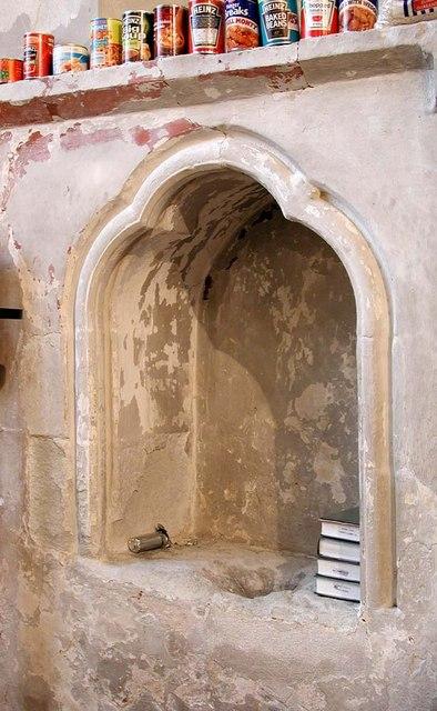 St Mary, Hayes - Piscina