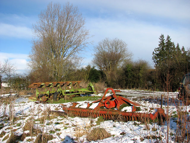 Farm implements parked beside Highfield Lane