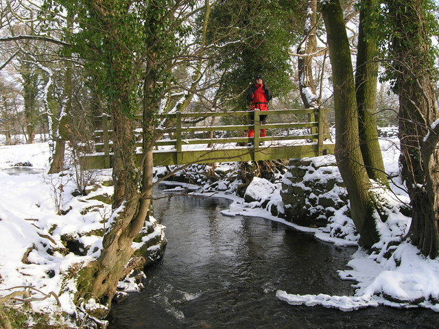 Footbridge over Darley Beck