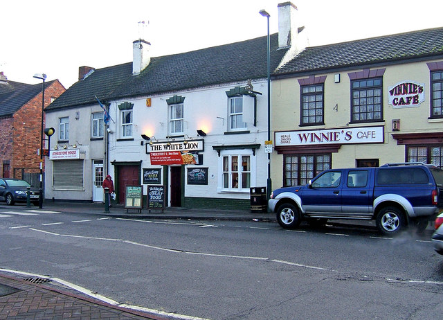 The White Lion, Station Street