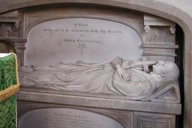 St Peter & St Paul, Harlington - Tomb chest