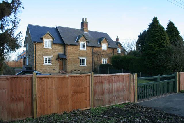 Semi-detached cottages on Waltham Road