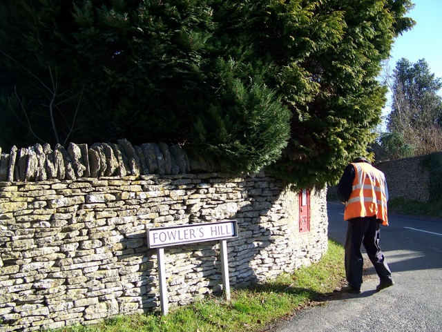 Postie empties the box, Fowler's Hill
