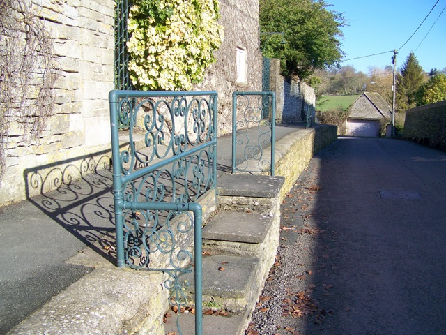 Steps, Quenington