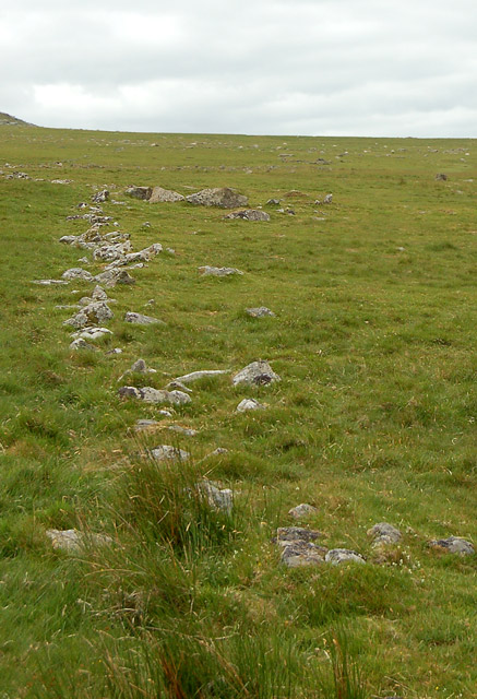 Remains of iron age boundary, Rough Tor