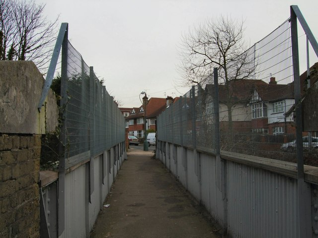 Silverdale Avenue Footbridge