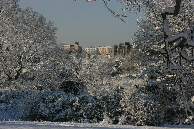 Calverley Park, snow