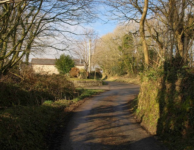 Approaching Trevillyn Farm