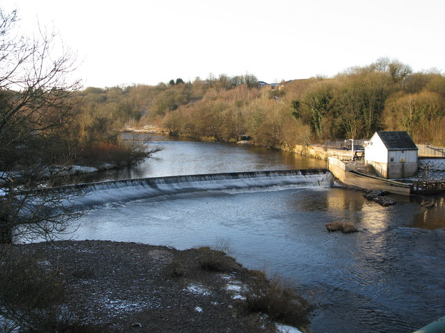 Weir on the River Clyde