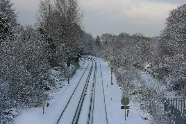 Railway to Tonbridge, north of Grosvenor Bridge