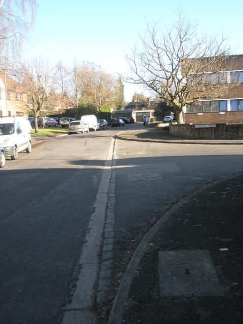 Approaching the junction of Mead Way and Timbermill Court