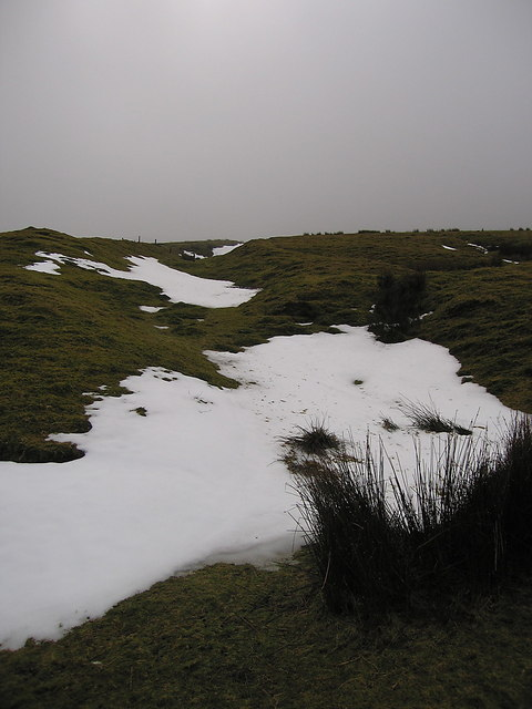 Snowy patches on Foel Fadian