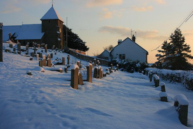 Snowy graveyard, Bidborough