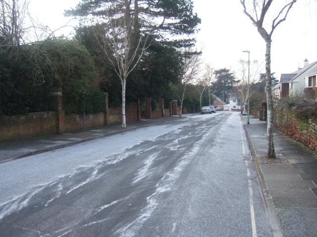 Matford Avenue, EX2, after a light fall of snow