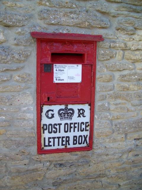Postbox, Southrop