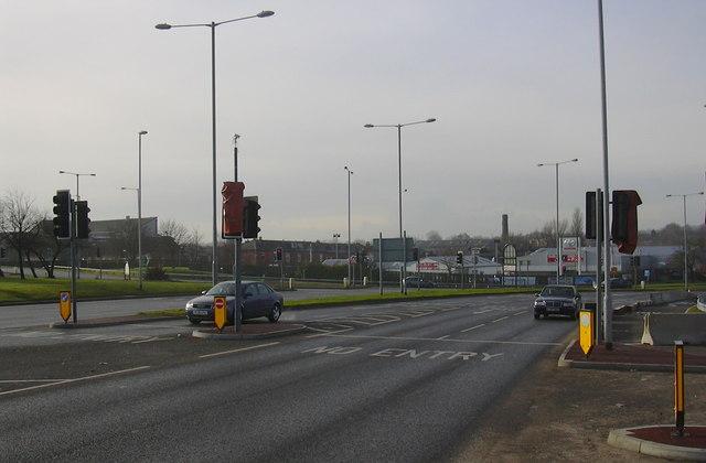Road Junction, Peel Way