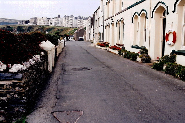 Port Erin - Shore Road wall and buildings