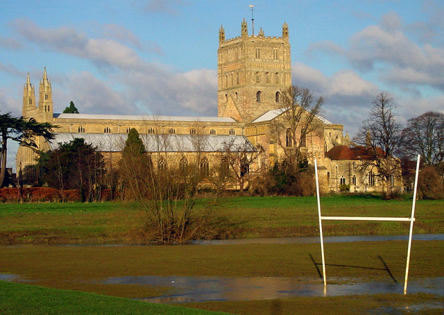 Tewkesbury Abbey from Playing Fields (2)