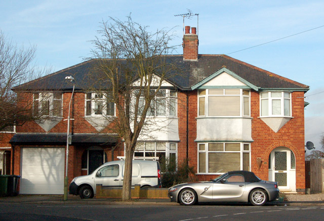 Inter-war semidetached housing on Catesby Road, Rugby