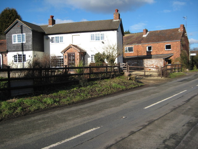 Cottages in Berrow Green