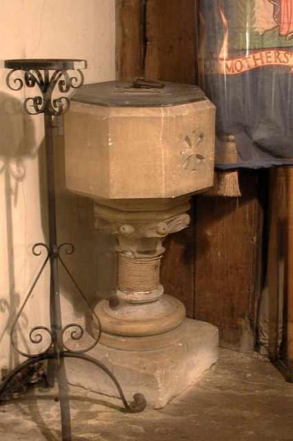 St Mary, Harmondsworth - Font