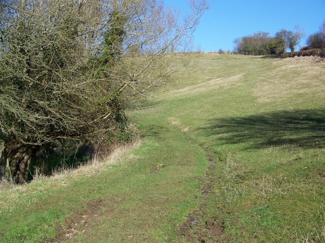 Footpath near Eastleach Martin