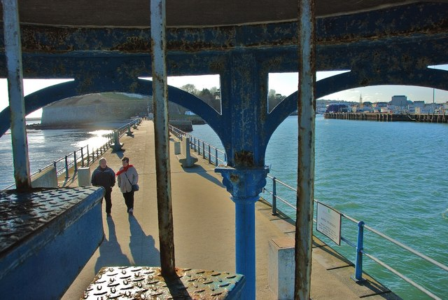 Weymouth: Stone Pier Views