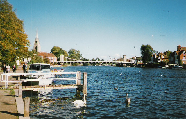 Towards the Bridge, Marlow 1994