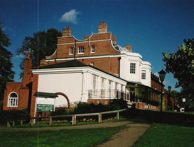 Court Garden, Marlow 1994