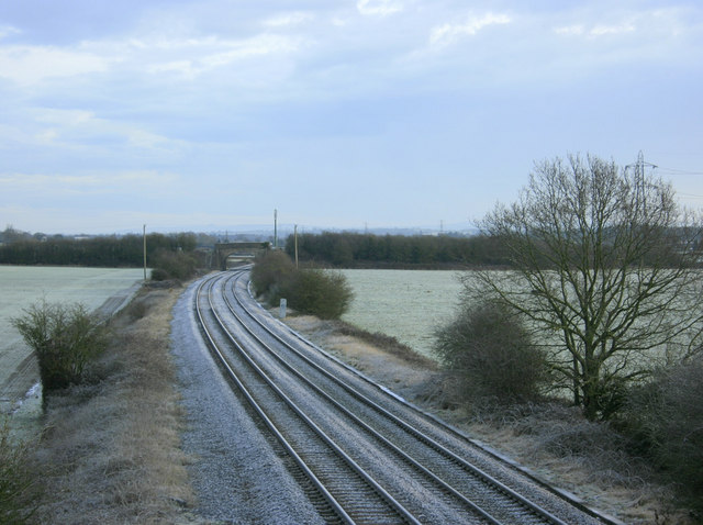 2010 : Looking east from Marsh Lane railway bridge