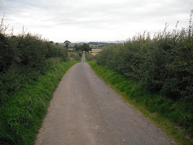 Minor road, Crichton