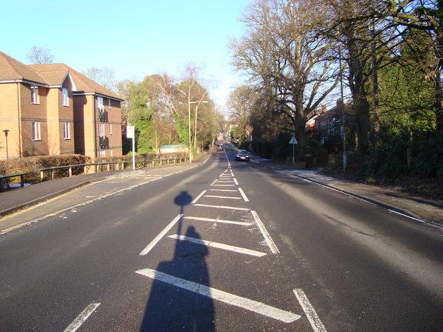 Sandhurst Road in Crowthorne