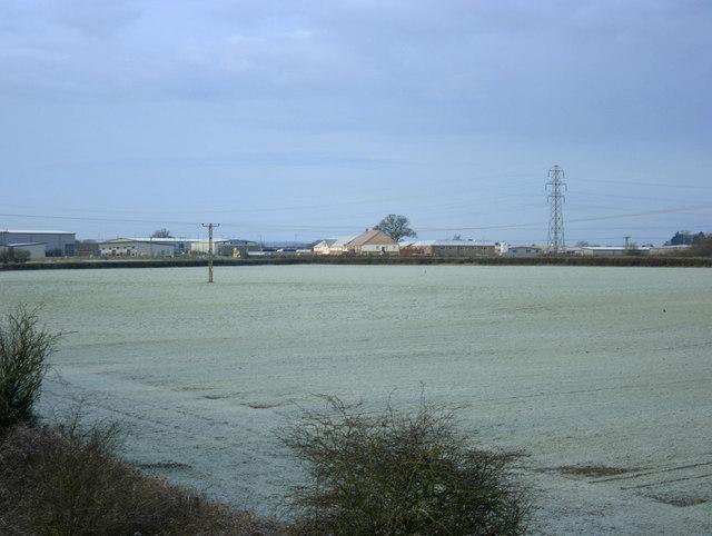 2010 : Frosty field from Pot Lane railway bridge