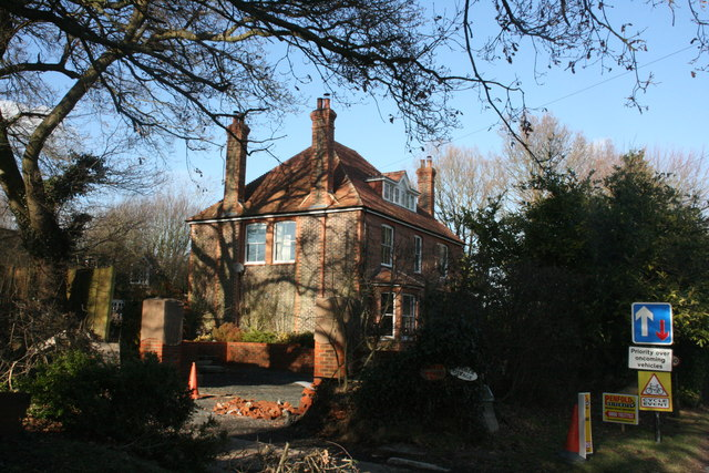 Red House, Hartfield