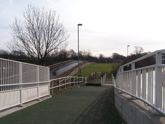 M1 Footbridge, Tankersley - 3