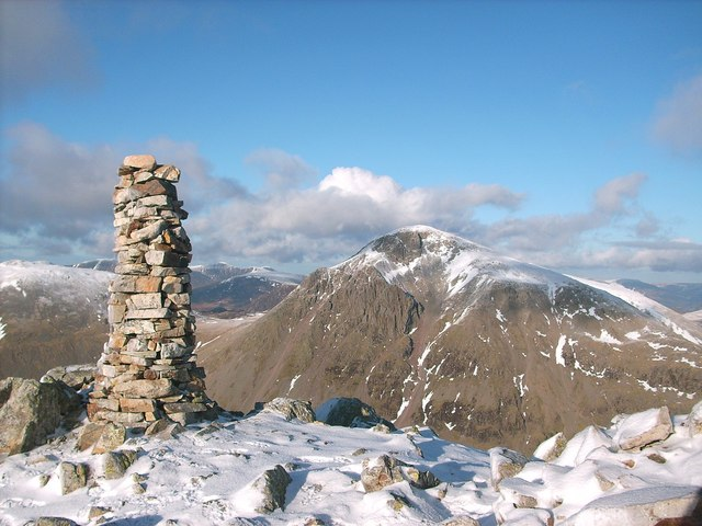 A slender Cairn on Lingmell